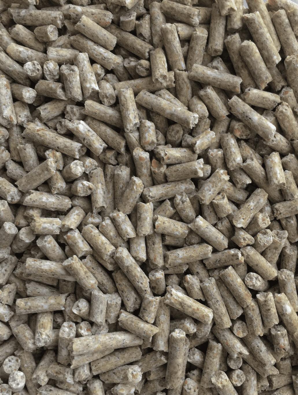 Modesto milling organic layer pellet corn soy free